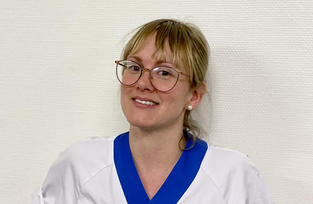 Ebba Boberg, sjuksköterska och operationskoordinator på handkirurgen.