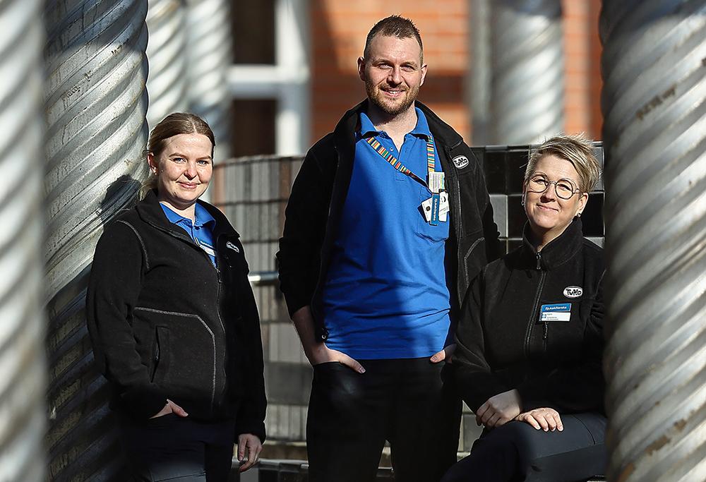 Anna Snygg, Tommy Hansson och Karin König, sjuksköterskor på LAH i Norrköping. Foto: Peter Holgersson